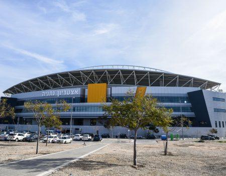 אצטדיון-נתניה-תמונה-למרכז